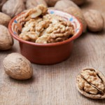 Kaj se zgodi, če vsak dan pojemo samo sedem orehov?