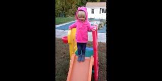 Deklica nas uči, kako se moramo spopadati s porazi (video)
