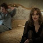 Zakonca Jolie-Pitt predstavljata umetniško delo, v katerem prikažeta zakonski par v krizi