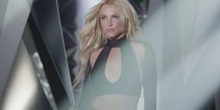 Britney Spears je nazaj in bolj seksi kot kdajkoli prej! (video)