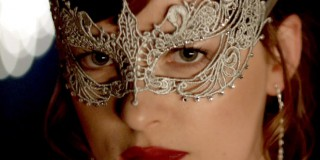 50-shades-darker-mask-zoom-b46c7f9b-22c0-496d-a39c-8ae3dd998cce