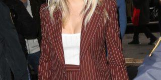 Sienna Miller hlačni kostim