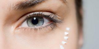 nanašanje kreme za okoli oči
